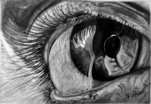 realistic-eye-people-hearts-pain-women-woman